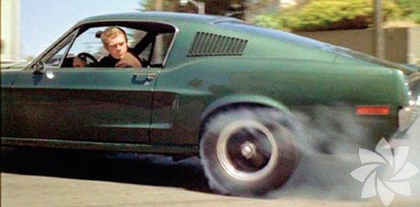 Gangsterin Kaderi 1968 (Bullitt)  Yönetmen: Peter Yates  San Francisco'lu polis Bullitt, önemli bir tanığı korumakla görevlendirilir. Çok az kişi tarafından bilinen güvenli yerin basılmasının ardından olayı kendi yöntemleriyle çözmeye karar verir... Efsane aktör Steve McQueen'in star karizmasını en iyi kullanan filmlerden biri. O yıllarda aksiyon deyince San Francisco tepelerinde geçen o müthiş otomobil takip sahnesi gelirdi akla. Bullitt'in kullandığı otomobil de efsane olmuştu.