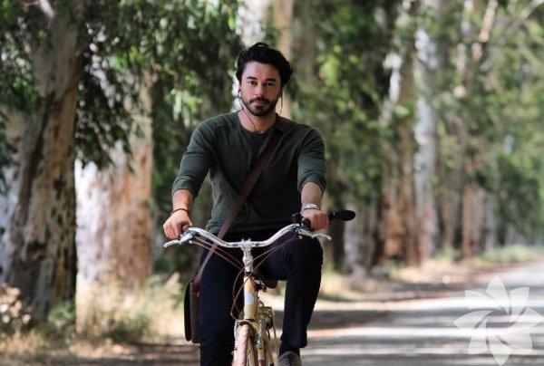 Gökhan Alkan, 08 Aralık 1987 yılında, İstanbul'da doğdu.