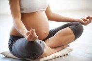 Düzenli hamile yogası pratiği bedeni rahatlatır
