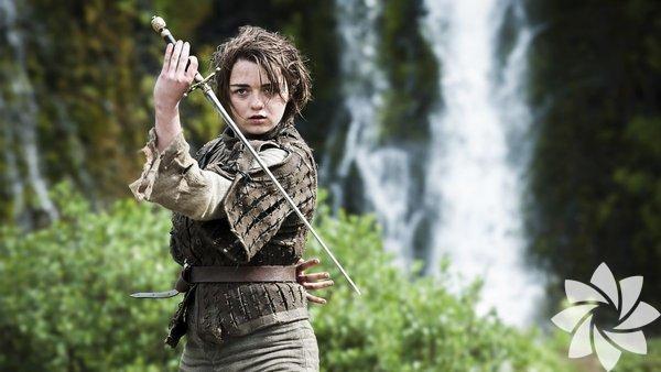 Arya Stark Onu sakın fiziksel özelliklerine göre yargılamayın.Arya Stark, özellikle de güvenilir kılıcı 'İğne' ile her şeyi yapabilir.
