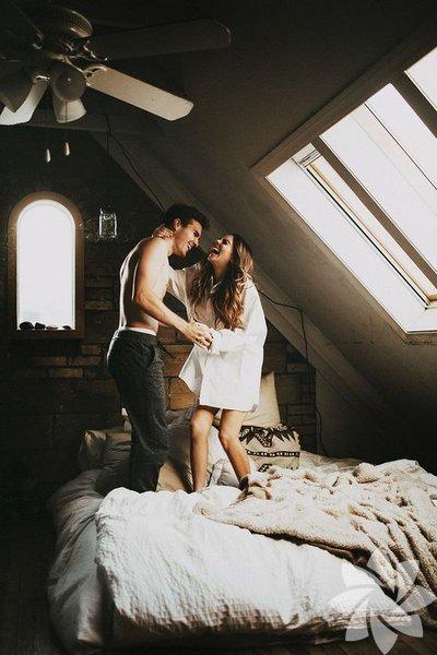 İyi bir erkeğin ilişki içerisinde nasıl davranması gerektiğine dair bir liste hazırladık! İşte o listeden başlıklar...