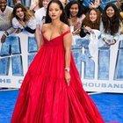 Rihanna hamile elbisesi mi giydi?
