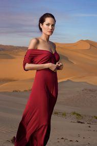 Angelina Jolie: Çocuklarımdan gizli ağlıyordum