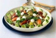 Fesleğenli sakız kabağı salatası