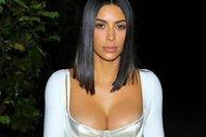 Kim Kardashian'nın bir acayip kıyafetleri