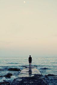 Hayat belki kendimizi düzeltmemiz için yarınları vermiştir!