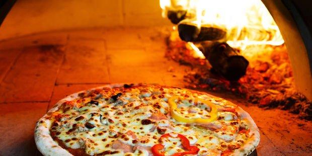 Ev yapımı pizzanın 5 püf noktası