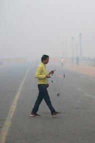 Yeni Delhi'de hava kirliliği kriz noktasına geldi