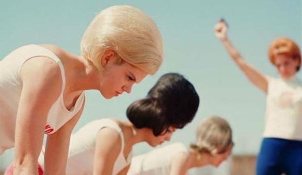 60'lardan ilginç saç modelleri