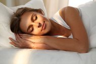 Adet öncesi dönemde daha iyi uyumanın 5 yolu