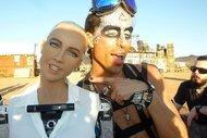 Üst kat komşum Arap robot Sophia