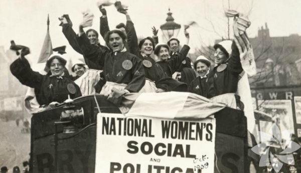 Yeni Zelanda'da kadınlara seçme hakkı 1893 yılında, seçilme hakkı 1918'de verildi.