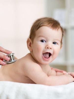 Ebeveynler çocuk doktorlarına en çok bu soruları soruyor!