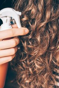 Kıvırcık saçlar için loc metodu