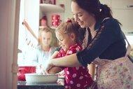 Çocuğunuzla yemek pişirmeye ne dersiniz?