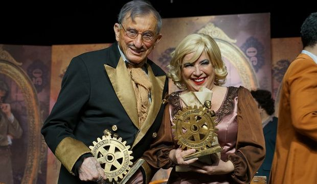 Dormen ve Erbulak'a Meslek Üstün Hizmet Ödülü verildi