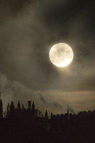 Süper Mavi Kanlı Ay tutulması büyüledi